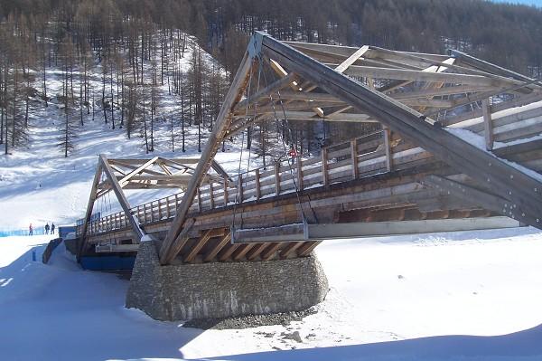 Ski bridge at Pragelato