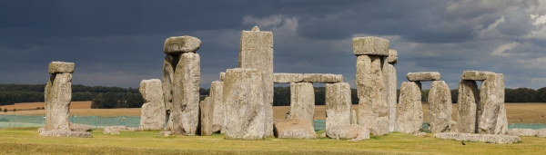 Stonehenge (Foto: Diego Delso / Wikimedia Commons, CC-BY-SA 3.0)