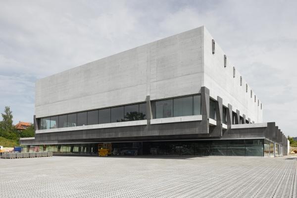 Weissenstein Gymnasium, Bern (photo: Dominique Uldry / Penzel Valier AG)