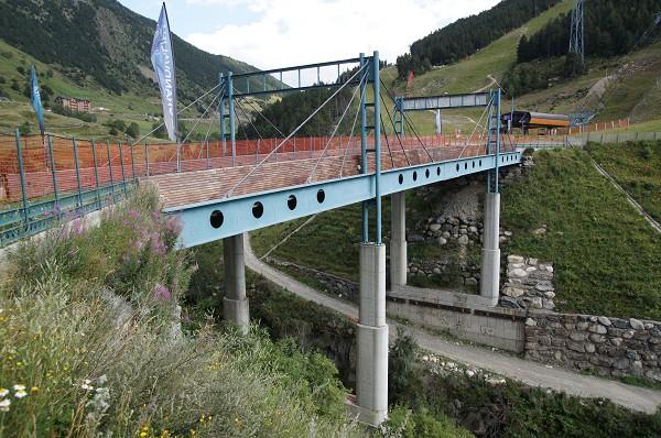 Ski bridge at Soldeu, Andorra