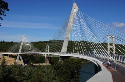2011: Térénez-Brücke, Frankreich