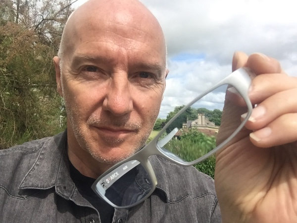 OWN MIDGE URE'S ICONIC SILVER GLASSES!