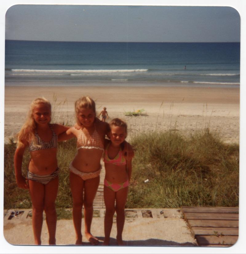 Jeni, Rachel, Sarah at the beach
