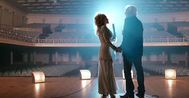 Kenny And Dolly Walk Onstage And What They Sing Brings Everyone To Tears