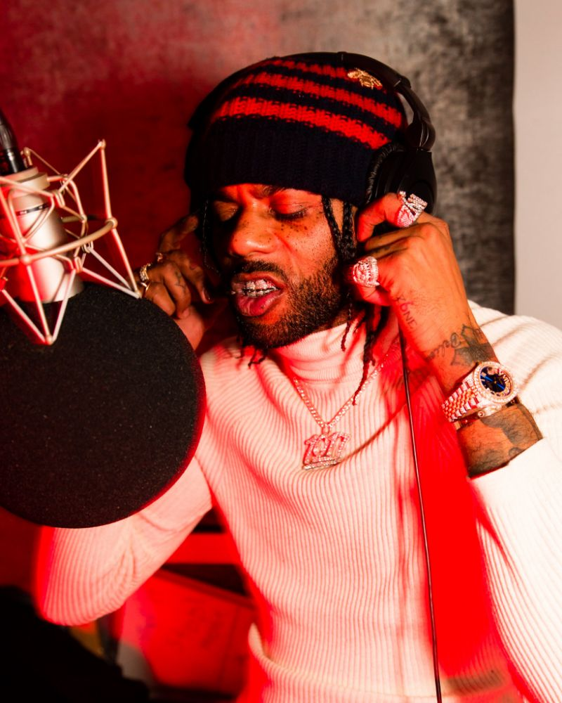 "Hoodrich Pablo Juan Reveals His Mantra in ""Slang Dope"""