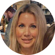 Christine Curtin Headshot