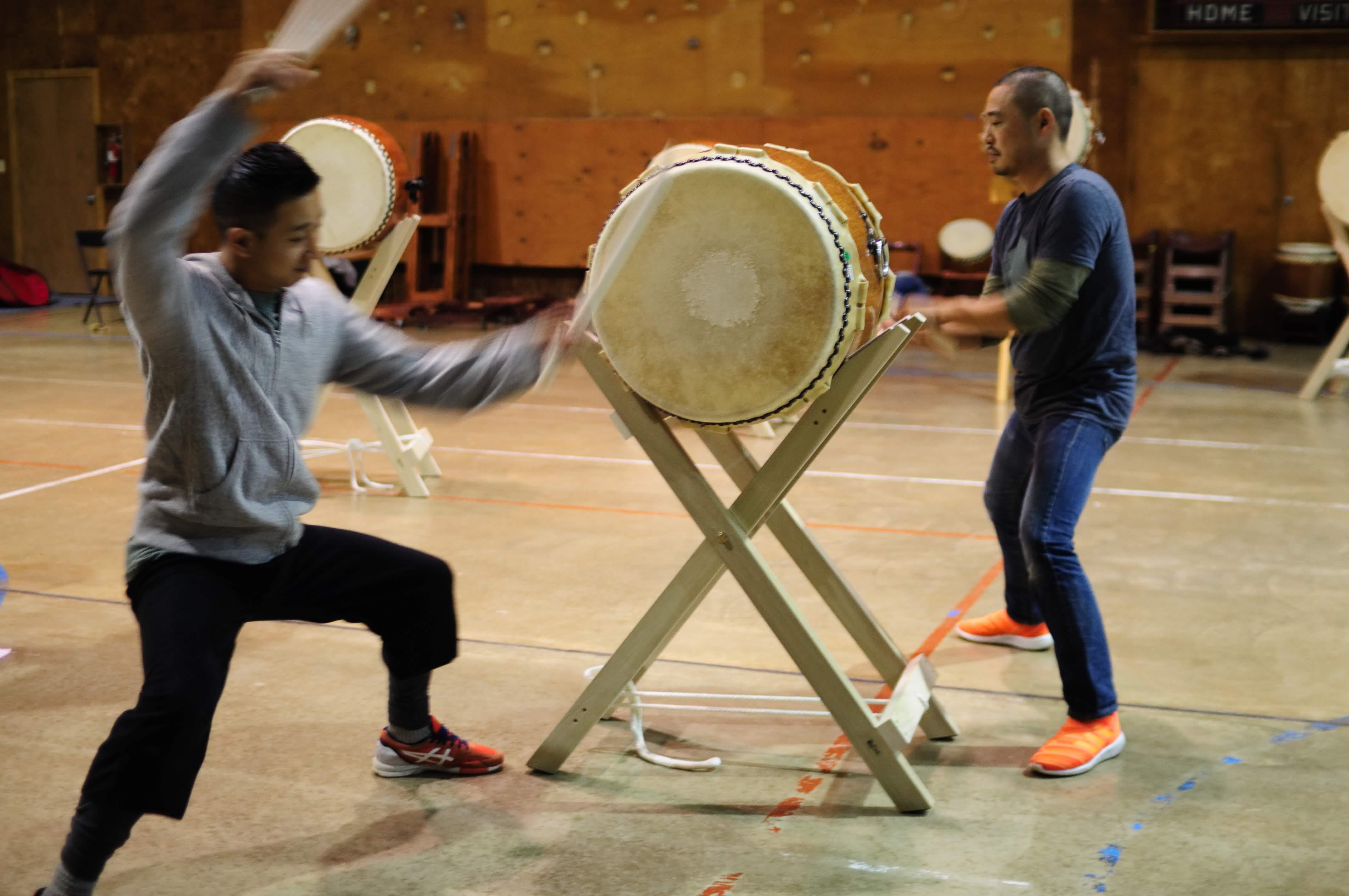 Shogo and Shoji play Hachijou