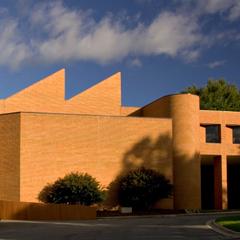 Scales Fine                                                       Arts Center