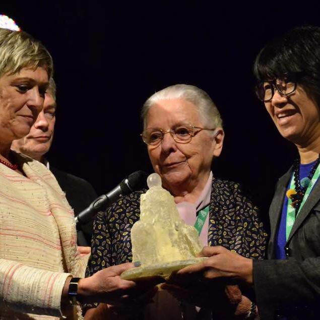 IDWF received the Sr. Jeanne Devos Award