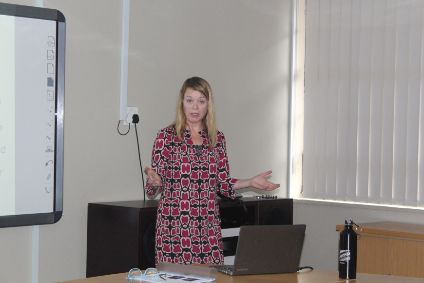 DR CROSS TALKS ON PUBLIC PROMOTION IN A LOCAL AND GLOBAL CONTEXT