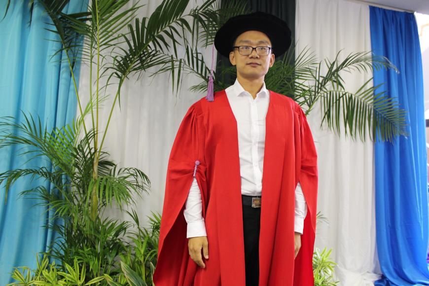Dr Meng Zhang