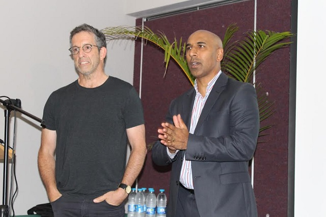Professor Suren Singh (right), DUT Applied Sciences Faculty Executive Dean with Kenneth Cole, UNAIDS International Goodwill Ambassador