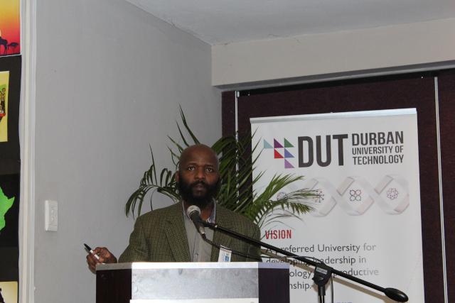 Dr William Mpofu