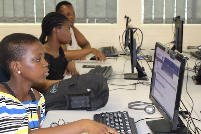 Students attending the FYSE programme workshop at DUT.