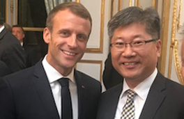 Young Tae Kim with President of the French Republic, Emmanuel Macron