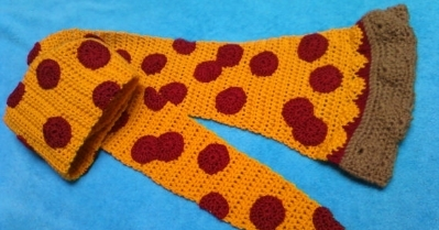 Pepperoni Pizza crocheted scarf