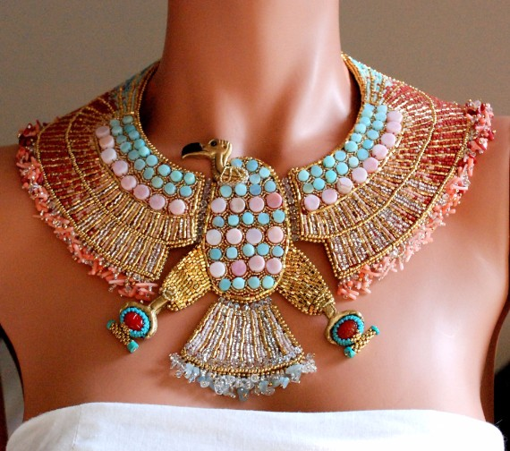 Vulturess - Egyptian Vulture Necklace