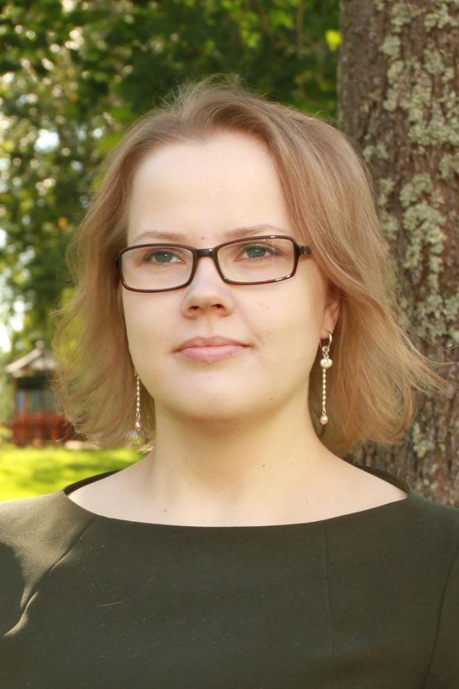 Tiina Oinonen, ekonomichef
