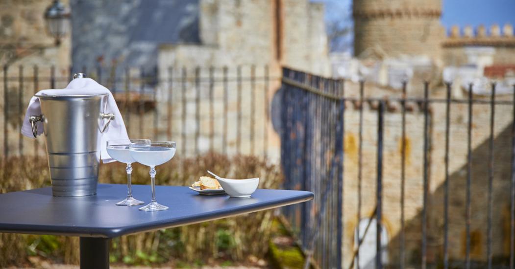 """Lyon Resto vous propose de """"Manger dans un restaurant romantique !"""" E2460e48-839a-423a-a3d2-a037ed59f112"""