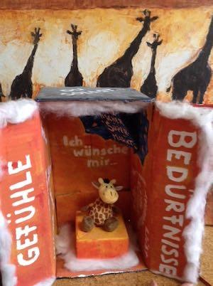 Giraffe in Box