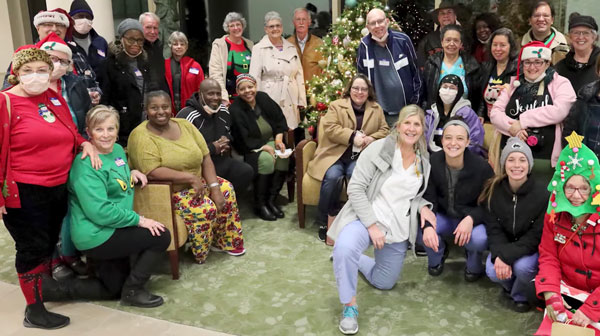 MCV Hospitals Auxiliary grant and generous staff bring holiday cheer to Massey patients