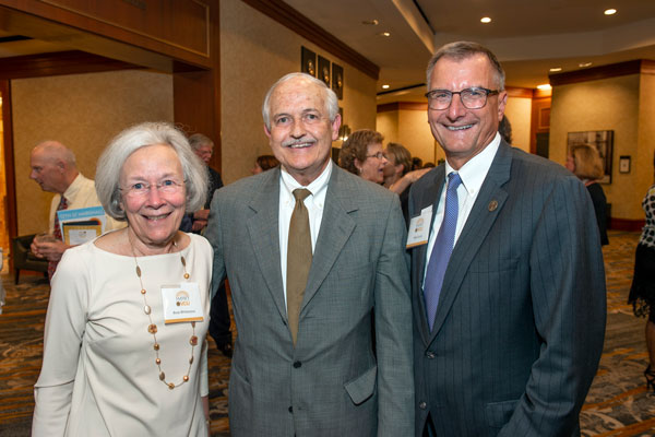 Massey director Gordon Ginder honored for 22 years of leadership