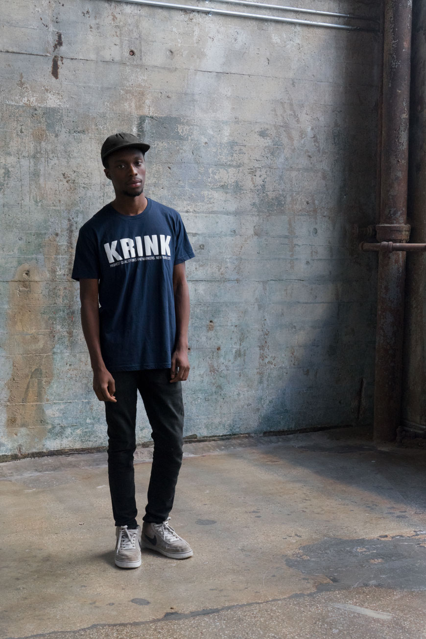 Krink Logo Tee in Navy
