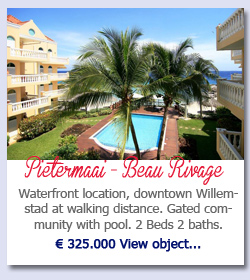 Pietermaai Beau Rivage - Waterfront location, downtown Willemstad at walking distance. Gated community with pool. 2 Beds 2 baths.  € 325.000