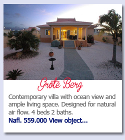 Grote Berg Curacao - Contemporary villa with ocean view and ample living space. Designed for natural air flow. 4 beds 2 baths.