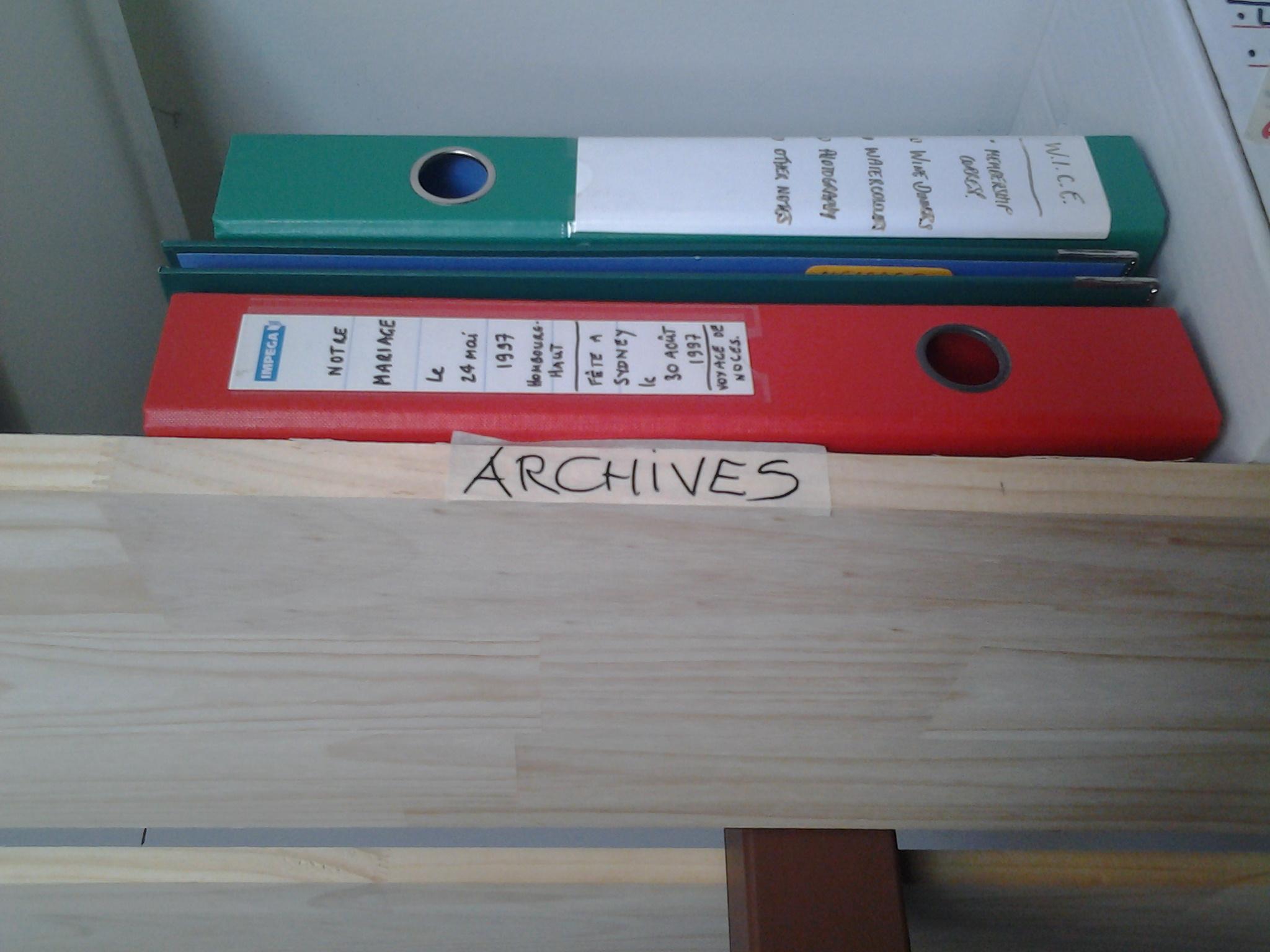 label shelf spot