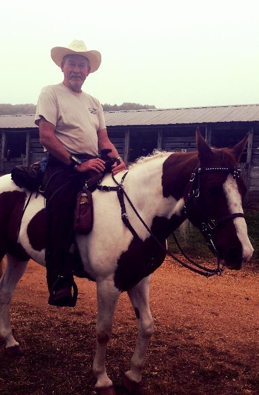 Gunner in SpecTACKular Horse Tack