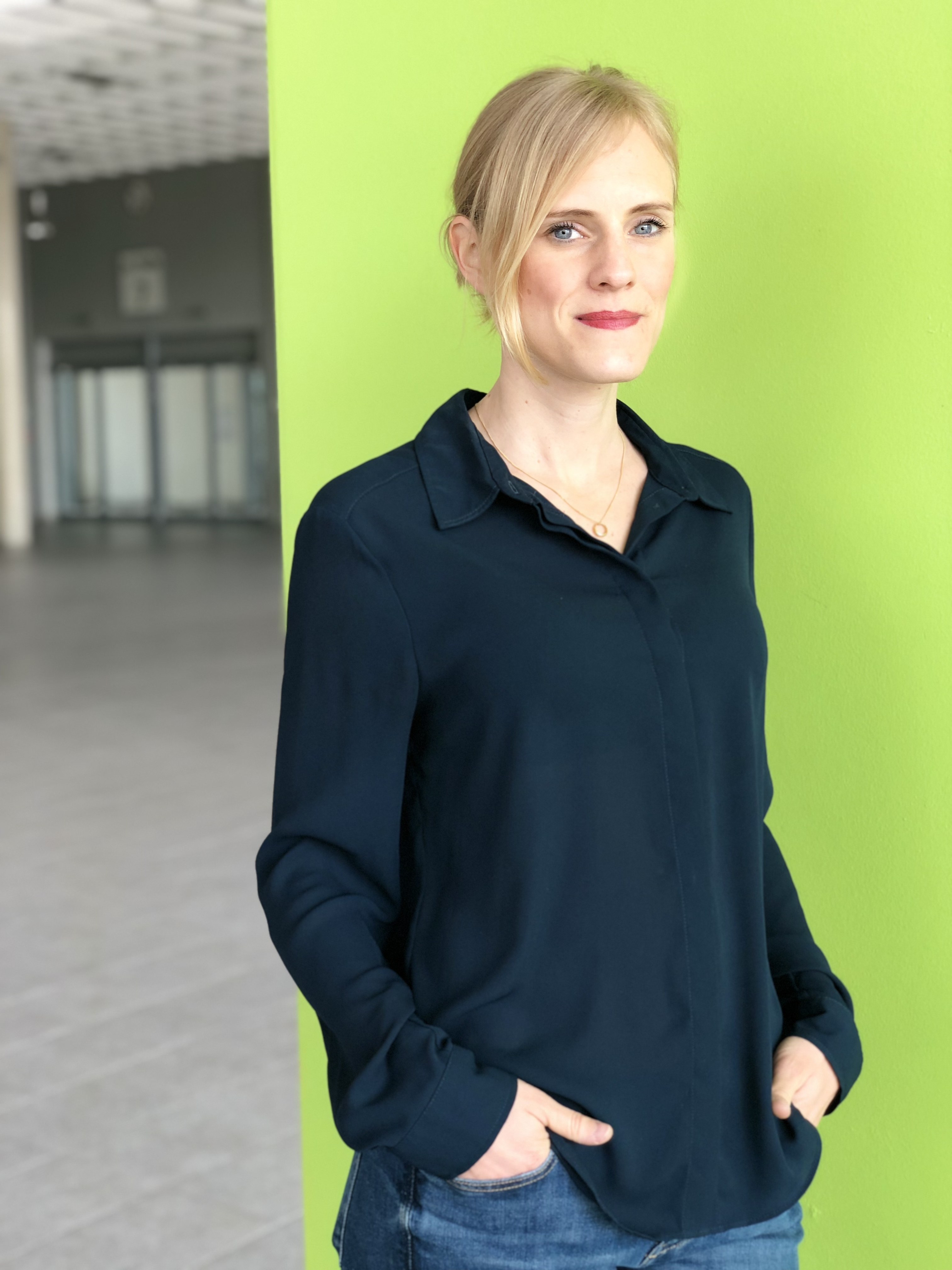 """Sarah Puttner, Projektleiterin der """"Experience Additive Manufacturing"""" beim Veranstalter Messe Augsburg."""