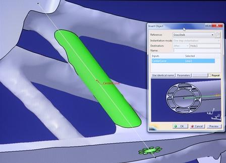 Bionisches Element (grün) am topologieoptimierten Bauteil mit dem Catia-Dialogfeld. (Bilder: Cenit)