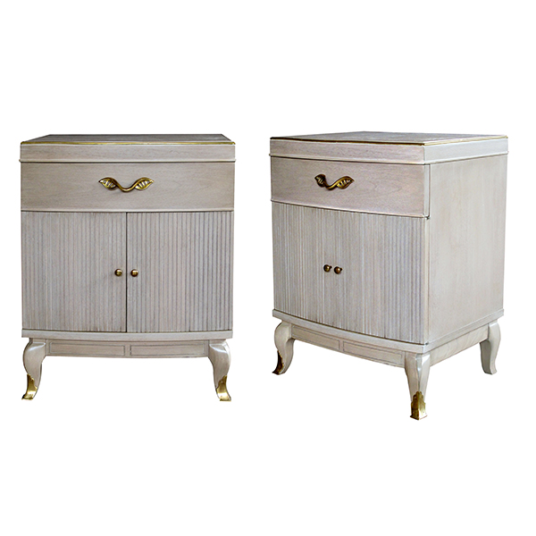 4372 a stylish and solid pair of american mid-century cerused oak bowfront bedside cabinets by rway furniture company, wisconsin 1950's