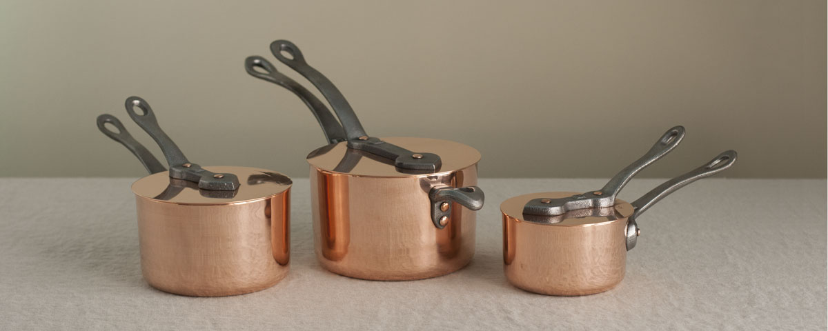 Picture of 2, 3 and 1 quart saucepans with covers