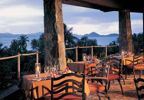 caneel bay zozos restaurant