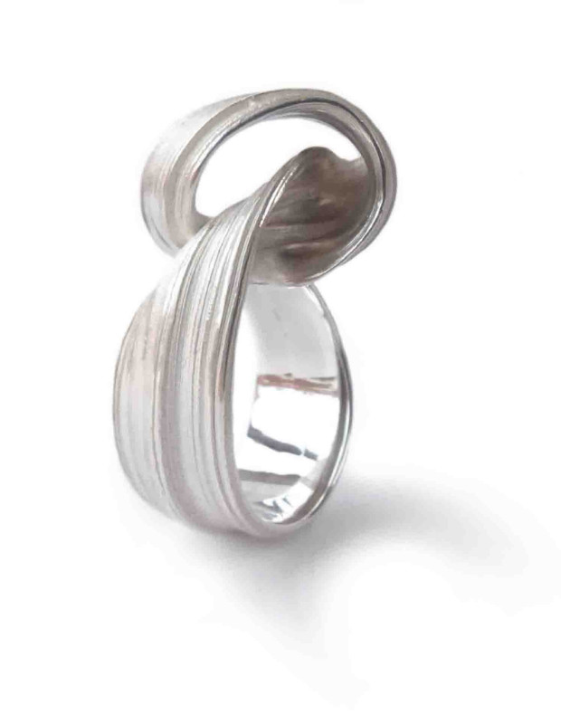 Marion Lebouteiller - fevr. 2017 -  Absolu ring - recycled sterling silver.