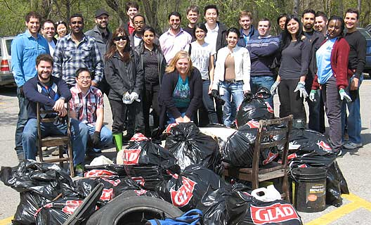 S+A staff participate in 20-Minute Makeover clean-up in support of Earth Day in Toronto