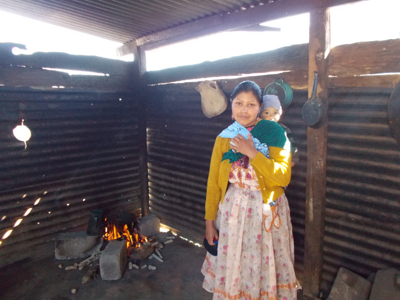 Doña Fabiola in her kitchen