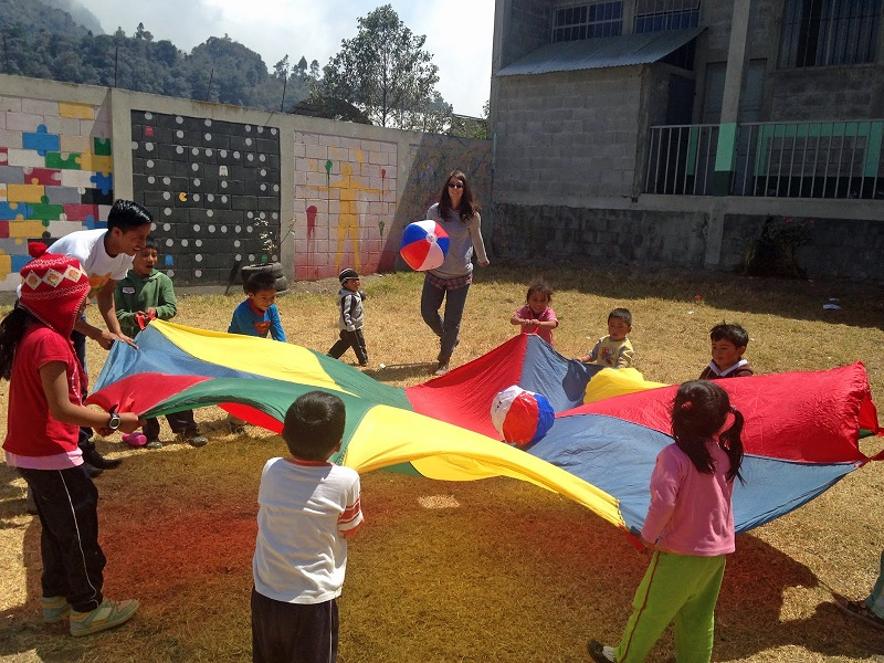 Parachute games at the Family Support Center