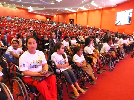 Persons with disabilities show their support for Cambodia's National Disability Strategic Plan 2014-2018