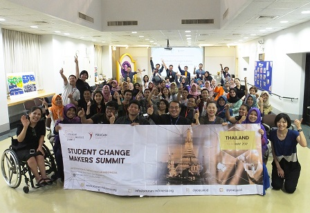 Group photo with Summit participants and APCD staff