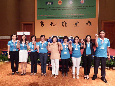 The Newly Elected Executive Members of the Vietnam Autism Network