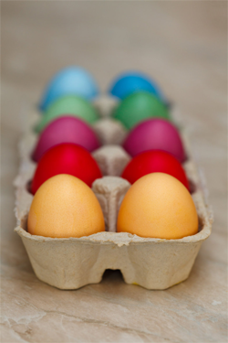 Painted eggs in tray