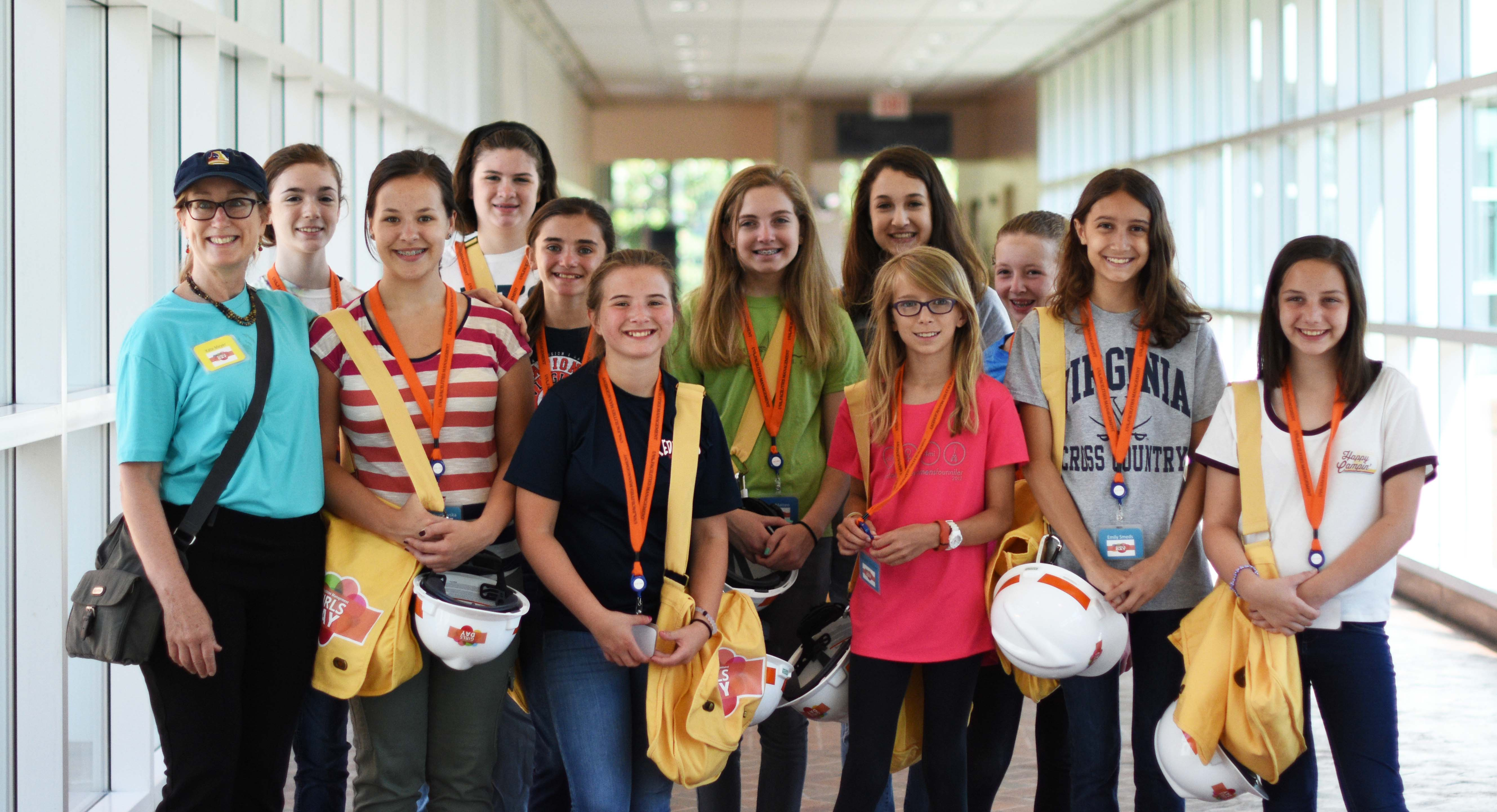 Photo of participants in FM Girls Day 2016