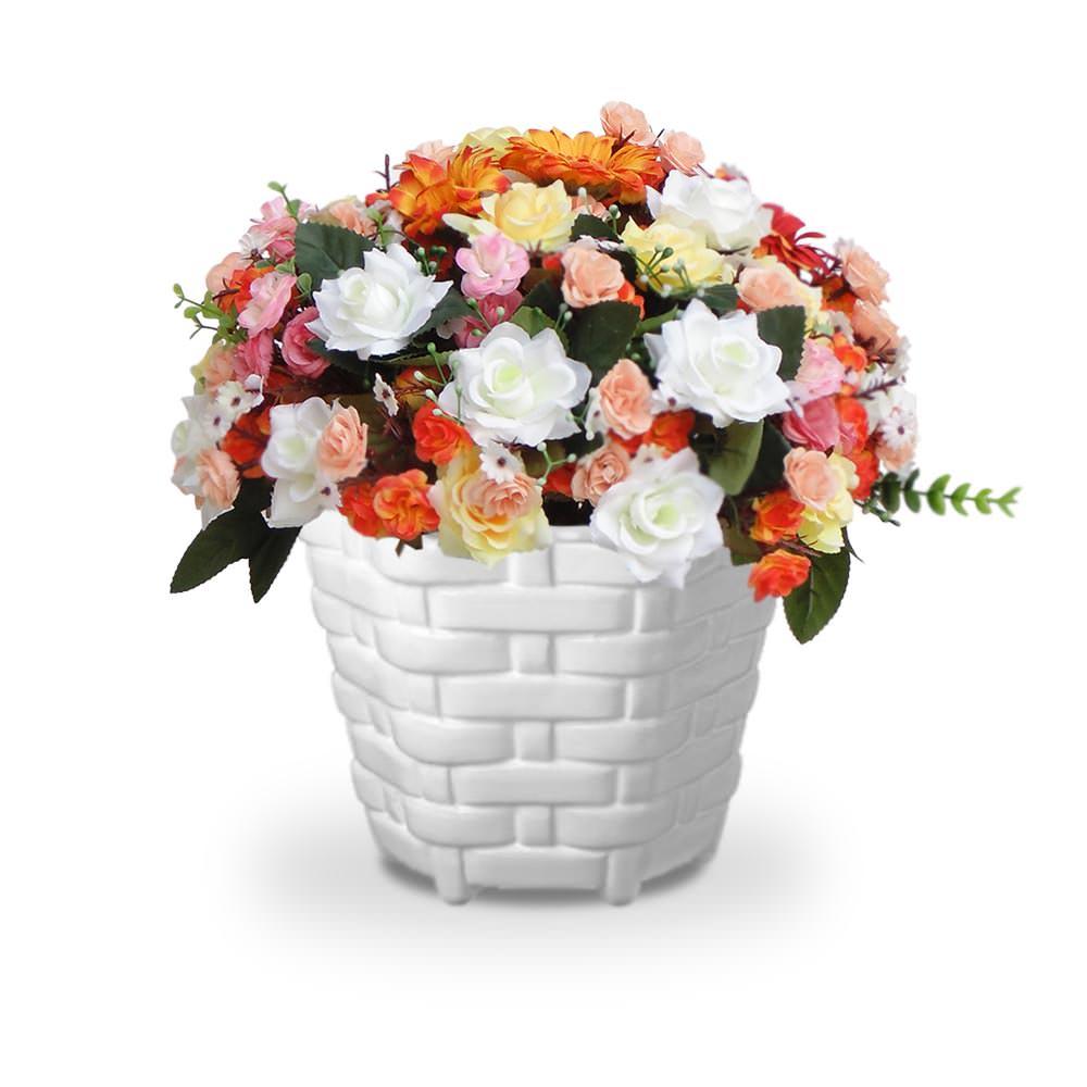 Arranjo de Flores Artificiais Mistas no Cachepot Trançado