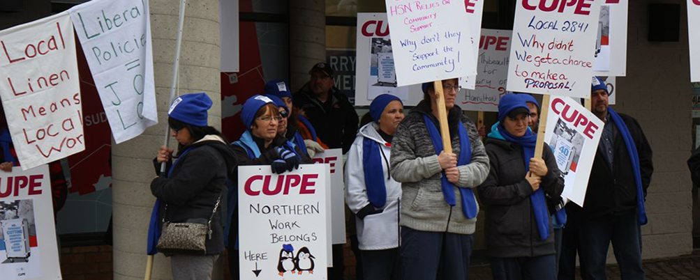 Rally for Sudbury hospital laundry workers