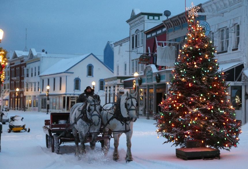 Original Murdick's Fudge Mackinac Island Horses And Tree