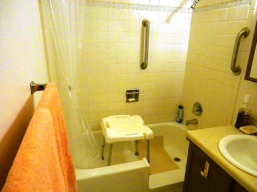 EE Bath