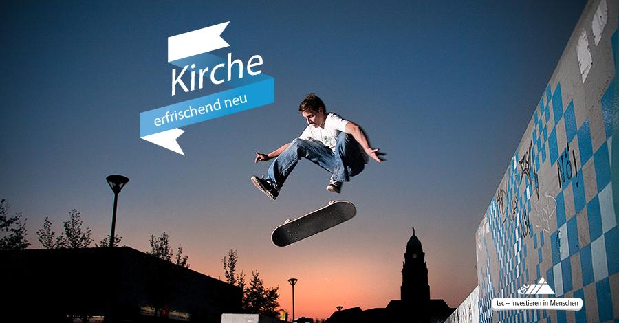 """""""Kirche erfrischend neu"""". (Bildrechte: © Utzel-Butzel / photocase.com)"""